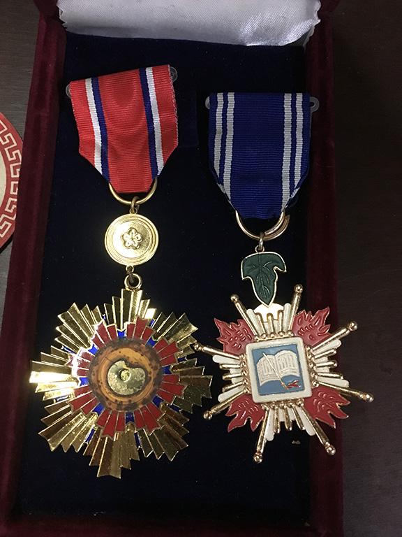 空軍總司令部頒授王祖堯上尉勳章