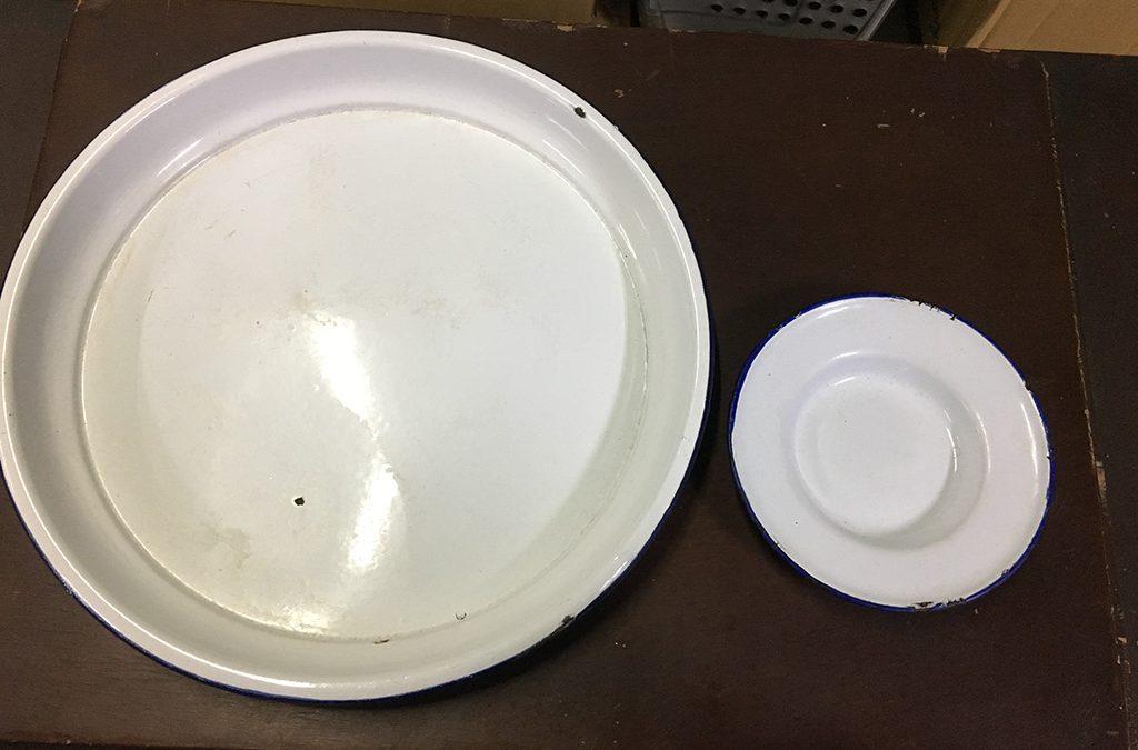鐵製白色法郎漆碗盤組